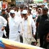 CM-Siddaramaiah-walks-with-Sri-M-Walk-of-Hope-2015-16-Bangalore