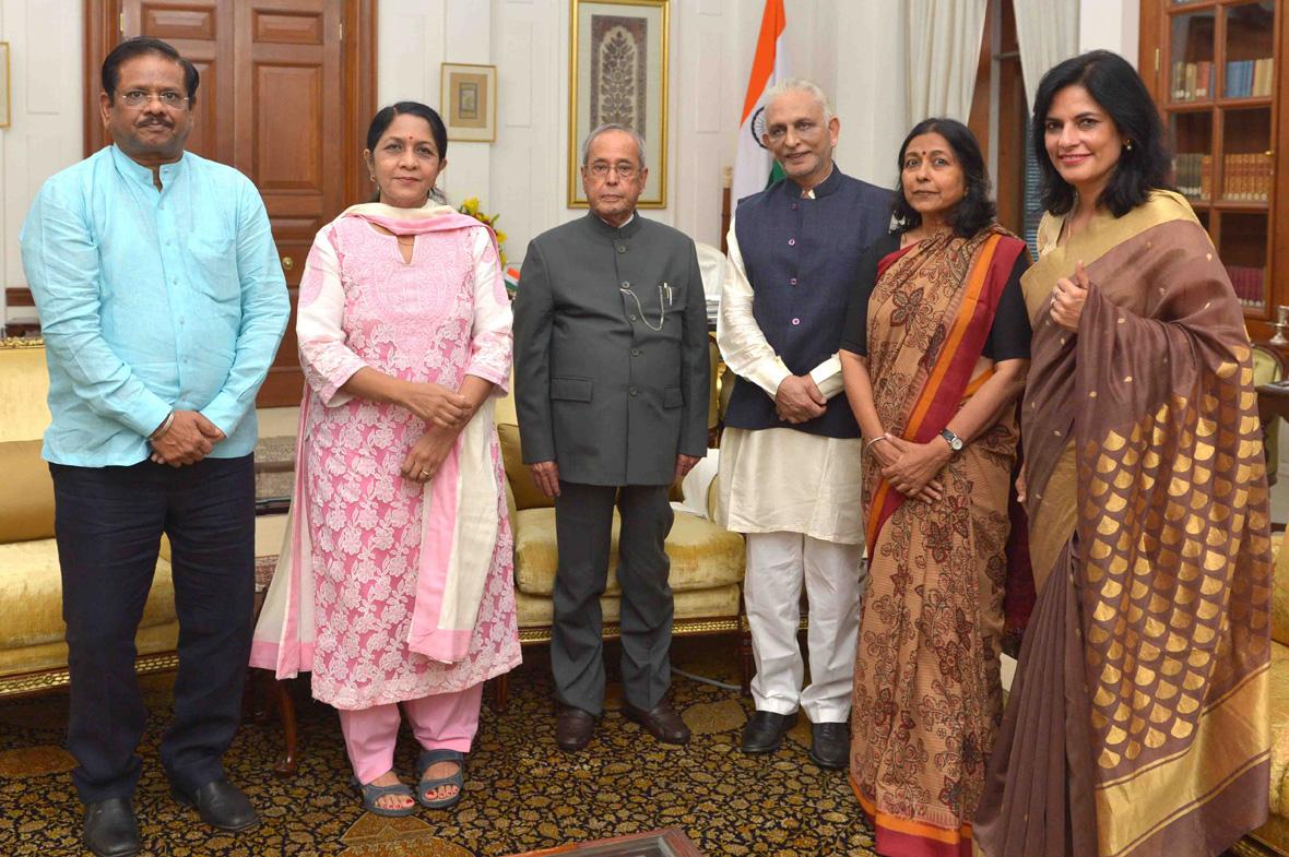 Sri-M-Rashtrapati-Bhavan-Meeting-3