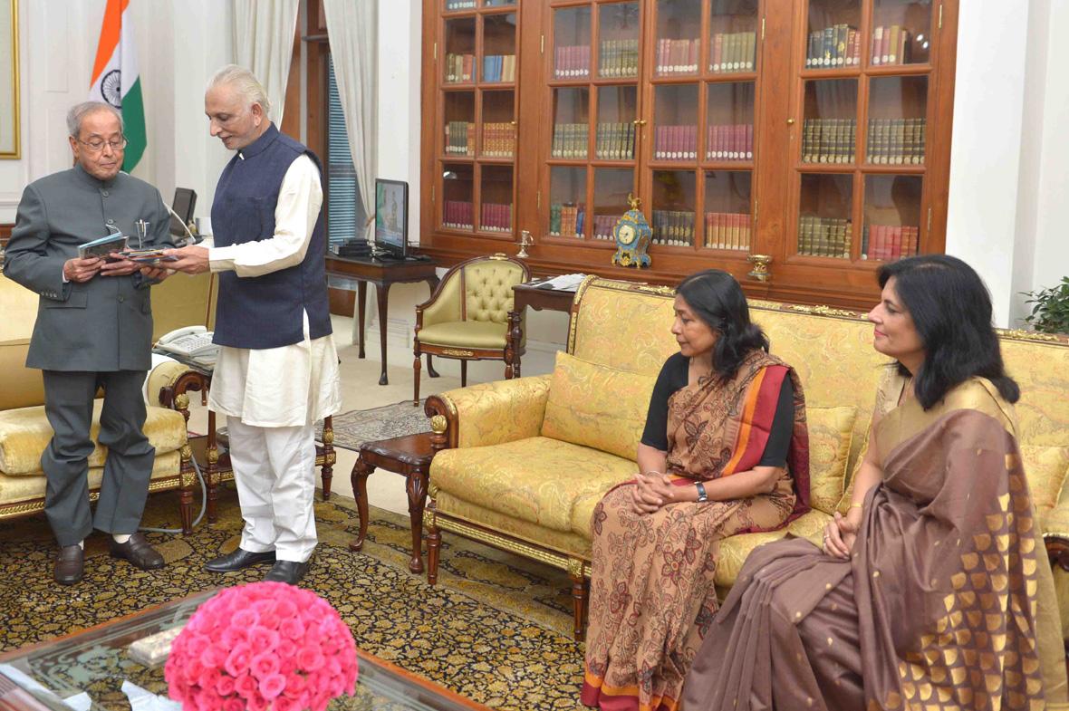 Sri-M-Rashtrapati-Bhavan-Meeting-5