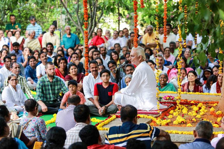 Guru-Purnima-2017---Sri-M-madanapalle-campus-7