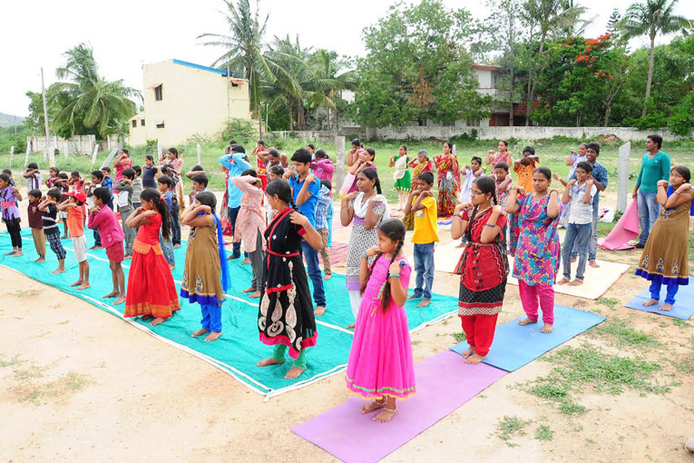 International-Day-of-Yoga-celebrated-at-The-Satsang-Foundation-campus-Madanapalle-5