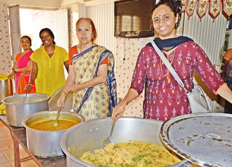 one-year-of-annadanam-seva-by-tsf-volunteers-bengaluru-9