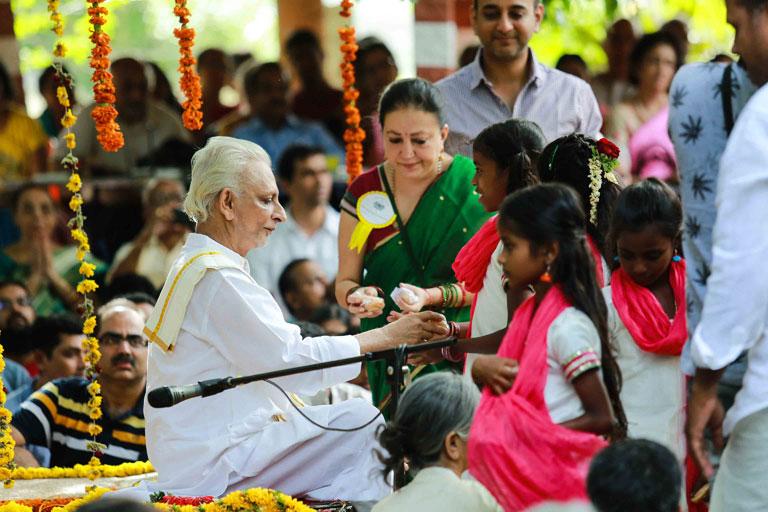 Guru-Purnima-2017---Sri-M-madanapalle-campus-2