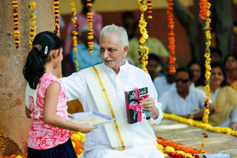 Guru-Purnima-2017---Sri-M-madanapalle-campus-4