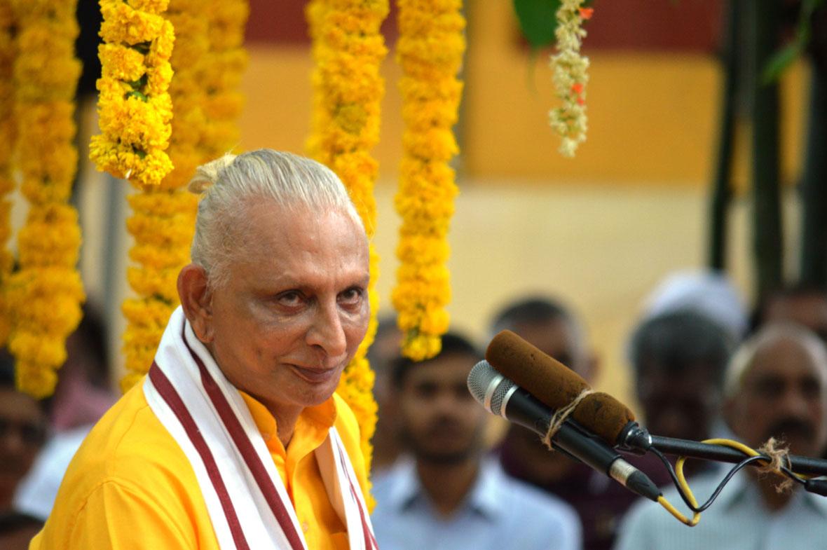 Sri-M-Gurupurnima-2018