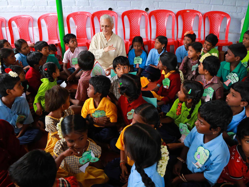 Sri-M-with-students-The-Satsang-Rural-School