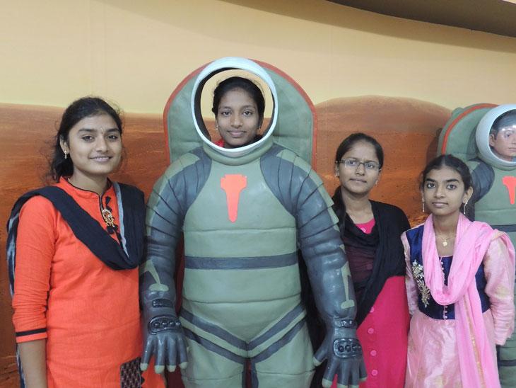 Satsang-Vidyalaya-Field-Trip--Regional-Science-Centre-Tirupati-2
