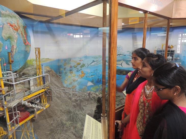 Satsang-Vidyalaya-Field-Trip--Regional-Science-Centre-Tirupati-5