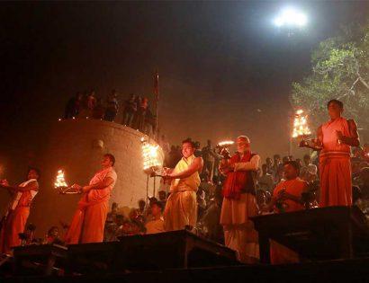 Sri M in Varanasi