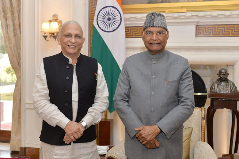 Sri-M-with-President-of-India