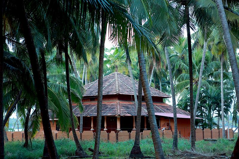 Sri M - M Villa